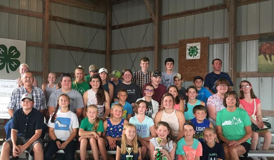 Group shot of 4-H'ers at the 2019 Alexandria Fair
